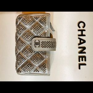 CHANEL phone purse